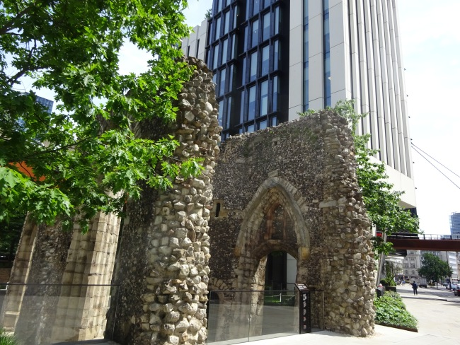 St Alphage and its churchyard, London Wall in June 2021